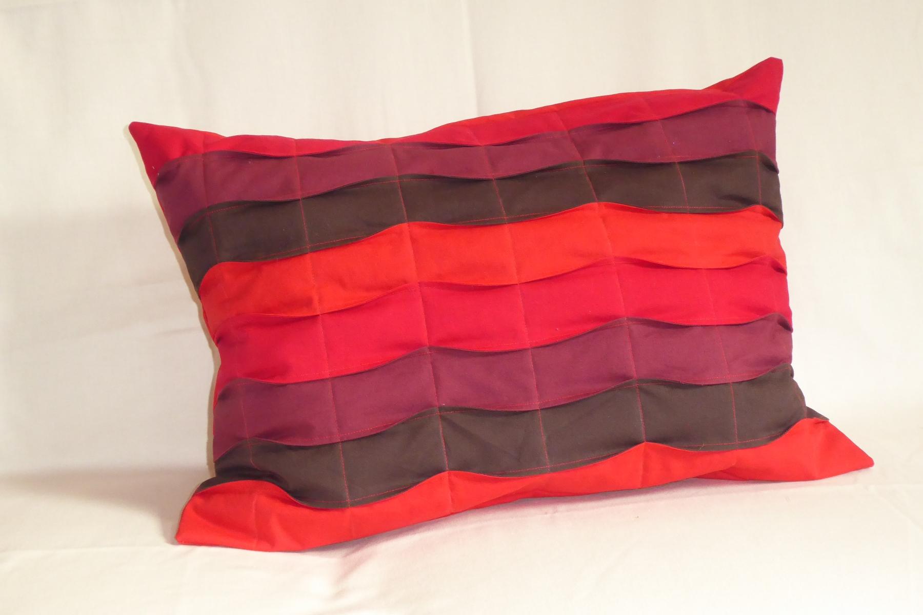 Kissen Rote Welle